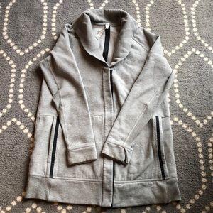 (Lululemon) Jacket/Sweater Size 10